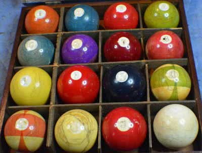 Antique Ivory Numbered Pool Balls In Original Box