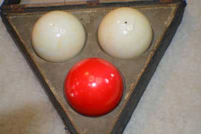 Antique Zanzibar Ivory Three Ball Set With Triangle Box