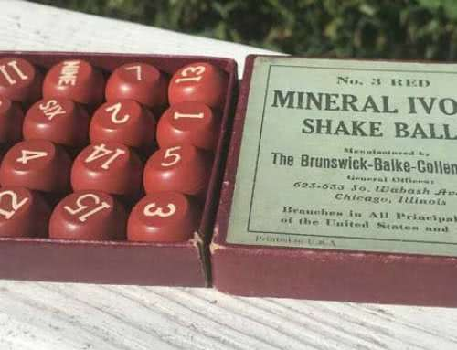 Antique Mineral Ivory Shake Ball Set