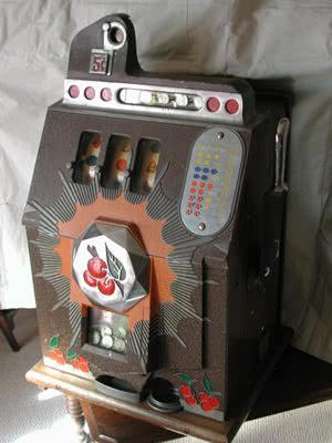 Antique Mills Bursting Cherries Slot Machine